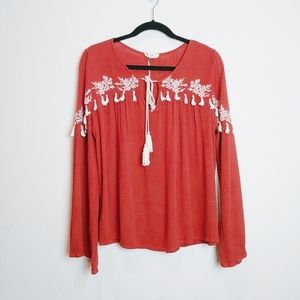 Entro Boho Rust/White Embroidered Tassel LS Top